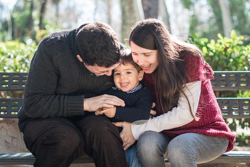Fotógrafo de familia sin posado en Sevilla