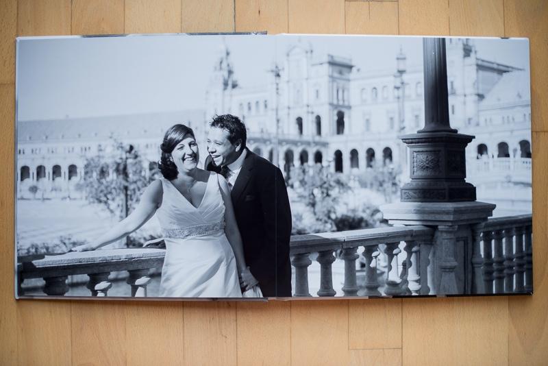 Página completa de álbum de boda digital elegante y divertido