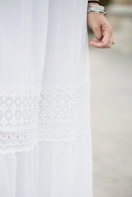 Detalle de vestido de novia boho low cost