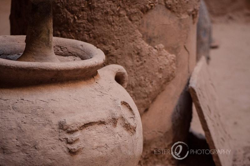 Viaje a Marruecos recipiente de adobe en Tamnougalt