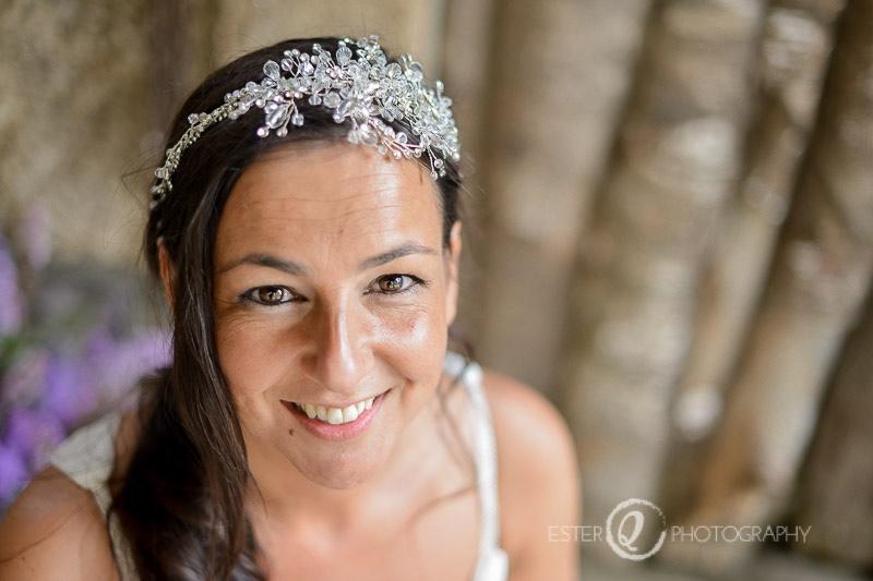 Novia con diadema en Pazo de Santa Cruz de Oza dos Ríos