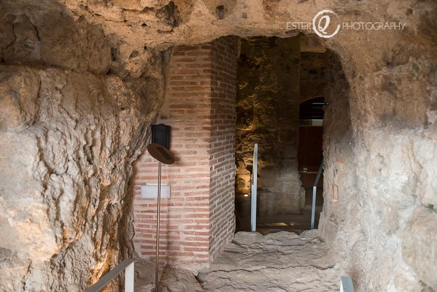 Interior de la Muralla Real de Ceuta en la visita a la puerta califal