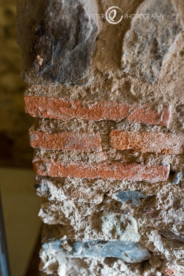 Restos bizantinos en la puerta califal d ellas murallas reales de Ceuta
