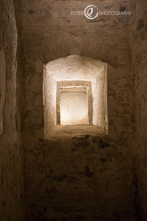 Detalle del interior de la puerta califal de Ceuta