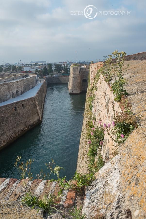 Panorámica del foso desde la cubierta de las Murallas Reales de Ceuta