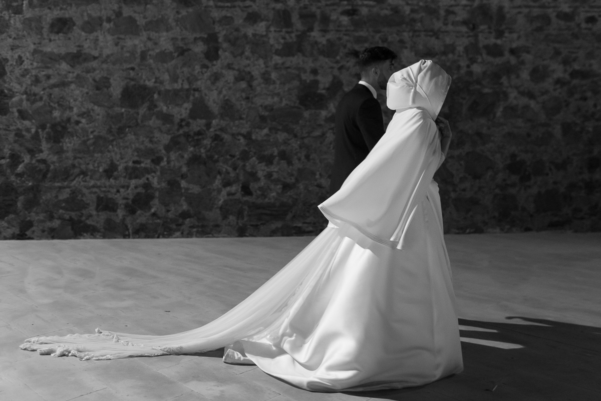 Novios en boda musulmana en las murallas de Ceuta