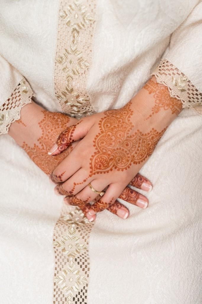 Tatuaje de henna de novia de boda musulmana en Ceuta