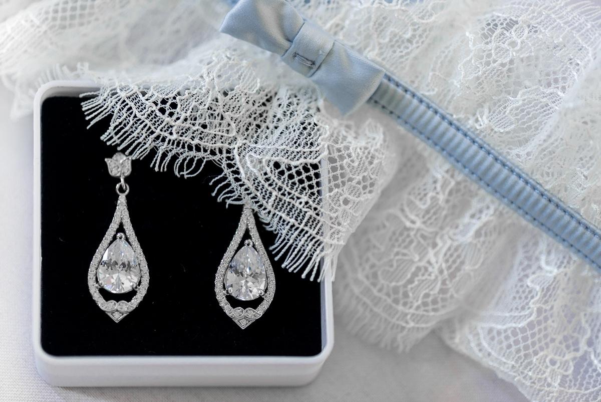 Liga y pendientes de novia en boda musulmana de Ceuta